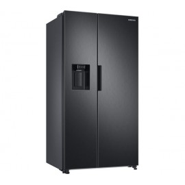 SAMSUNG RS8000 7 Series American Style Fridge Freezer with SpaceMax™ Technology  BLACK | RS67A8810B1